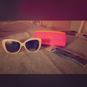 Glasses w case & sunglasses cleaner